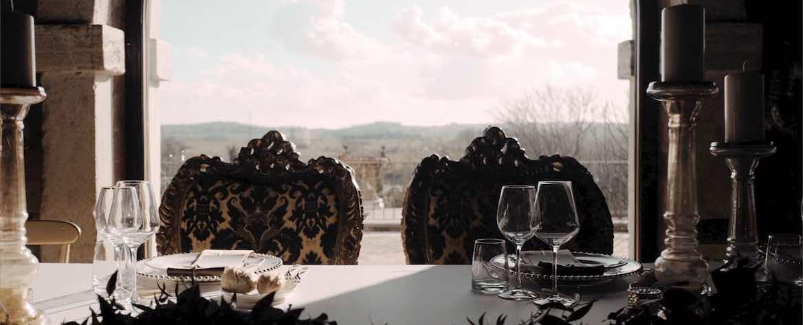 Dettaglio tavolo sposi tenuta di Ripolo